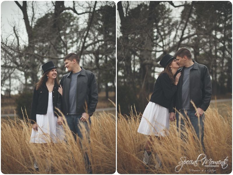 Southern Engagement Portraits , Outdoor Engagement Ideas , Outdoor Engagement Pictures_0000