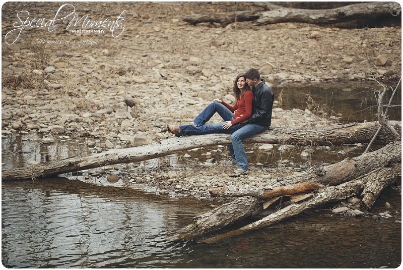 Southern Engagement Portraits , Outdoor Engagement Ideas , Outdoor Engagement Pictures_0004