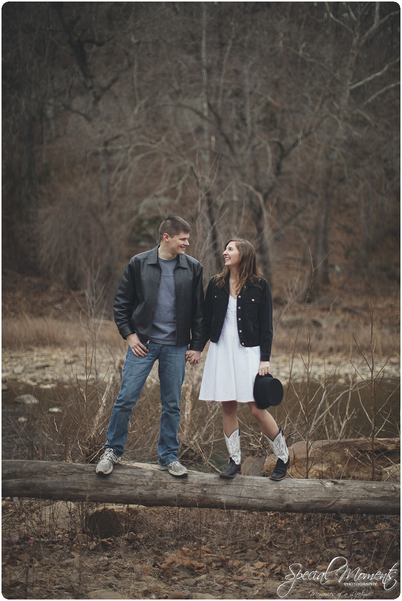 Southern Engagement Portraits , Outdoor Engagement Ideas , Outdoor Engagement Pictures_0005