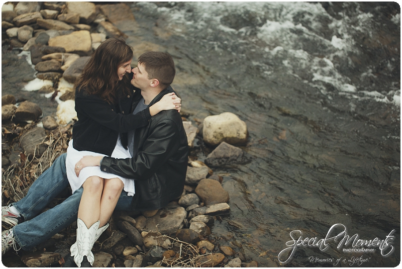 Southern Engagement Portraits , Outdoor Engagement Ideas , Outdoor Engagement Pictures_0014