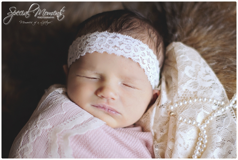 Fort Smith Arkansas Newborn Photography | Special Moments Photography | www.specialmomentsblog.com