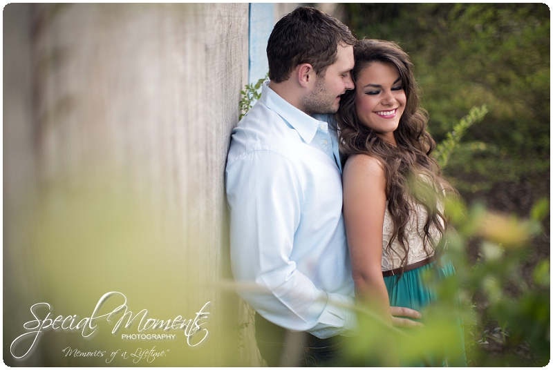 Outdoor Engagement Portraits, Southern Engagement Pictures, Engagement Pictures_0056