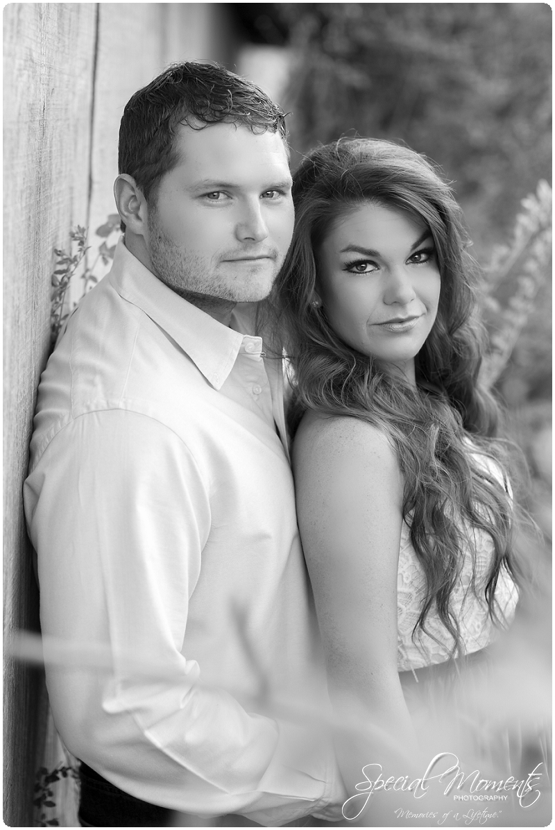 Outdoor Engagement Portraits, Southern Engagement Pictures, Engagement Pictures_0057