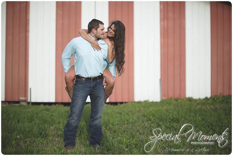 Outdoor Engagement Portraits, Southern Engagement Pictures, Engagement Pictures_0064