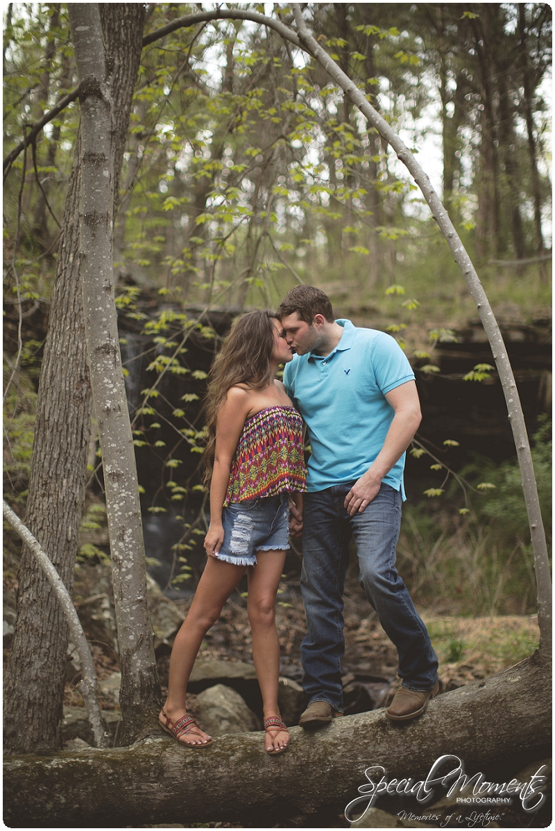 Outdoor Engagement Portraits, Southern Engagement Pictures, Engagement Pictures_0065
