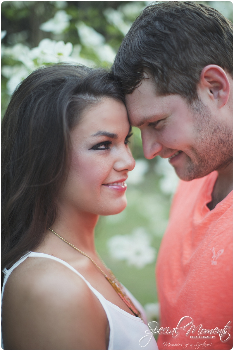 Outdoor Engagement Portraits, Southern Engagement Pictures, Engagement Pictures_0071