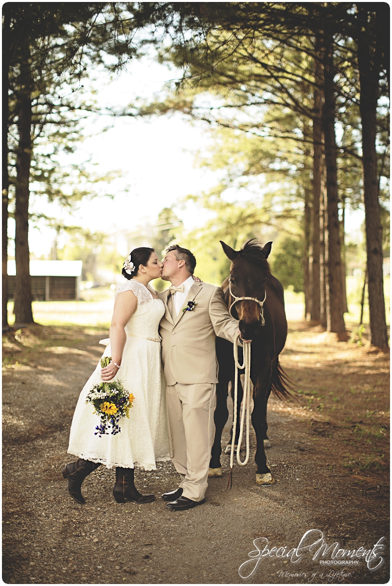 Vintage Wedding Details, Wedding Portraits, Southern Wedding Pictures_0015