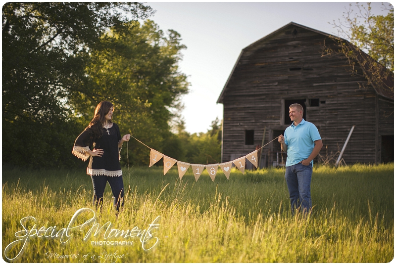 Southern Engagement Ideas, Southern Engagement Pictures, Country Engagement Pictures_0005