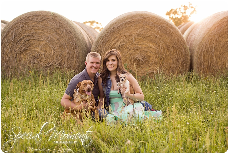 Southern Engagement Ideas, Southern Engagement Pictures, Country Engagement Pictures_0010