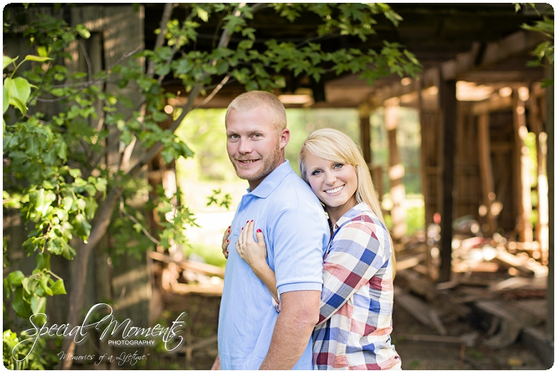 Southern Engagement Pictures, Southern Engagement ideas, www.specialmomentsblog.com_0006