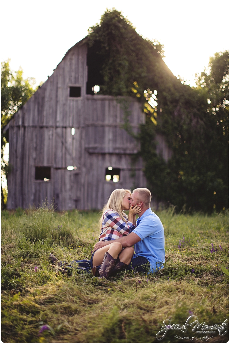 Southern Engagement Pictures, Southern Engagement ideas, www.specialmomentsblog.com_0009