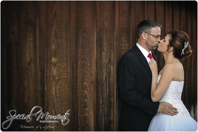 Southern Wedding Portraits, Southern Weddings, Winery Wedding Portraits, Weiderkehr Wine Village_0001