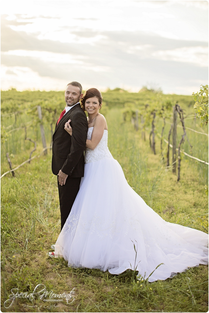 Southern Wedding Portraits, Southern Weddings, Winery Wedding Portraits, Weiderkehr Wine Village_0003
