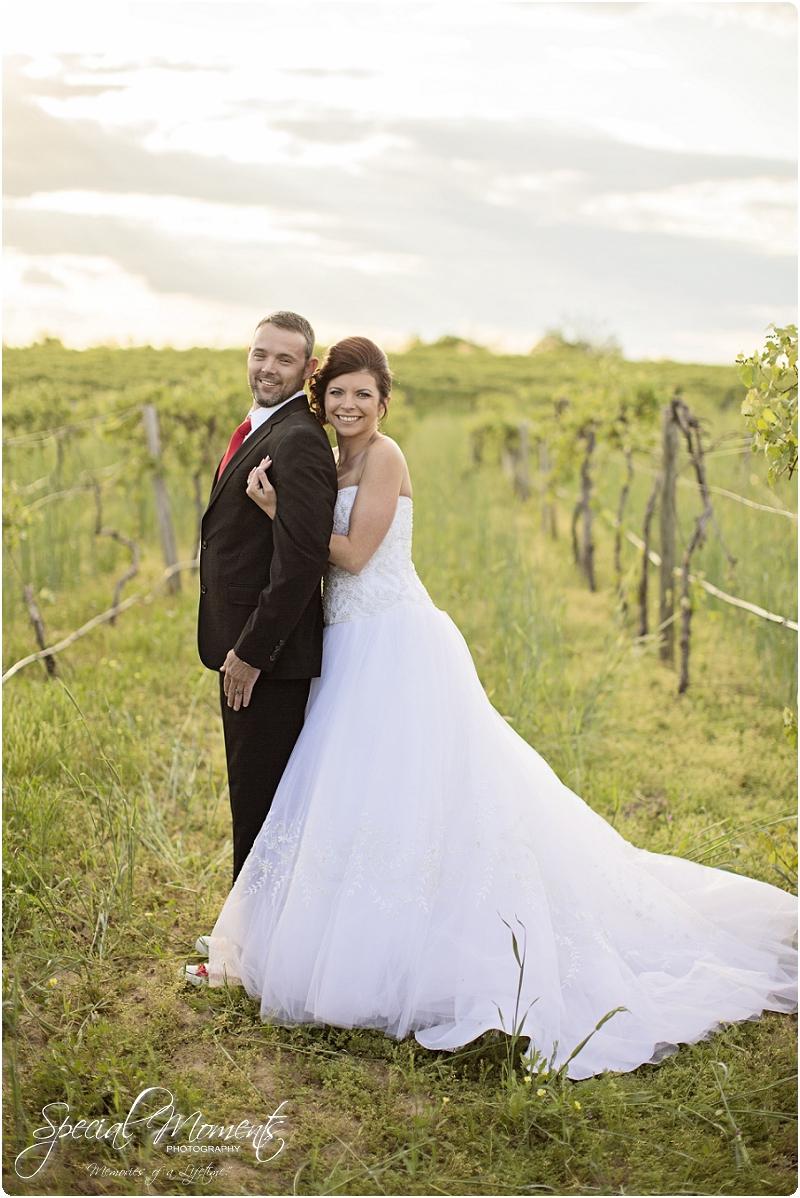 Southern Wedding Portraits, Southern Weddings, Winery Wedding Portraits, Weiderkehr Wine Village_0003