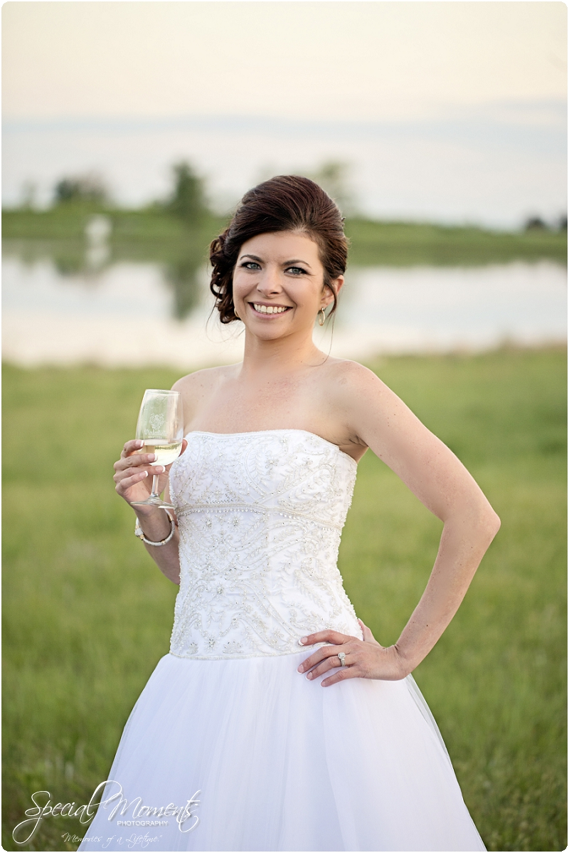 Southern Wedding Portraits, Southern Weddings, Winery Wedding Portraits, Weiderkehr Wine Village_0008