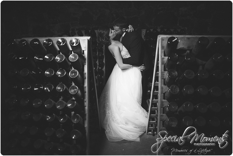 Southern Wedding Portraits, Southern Weddings, Winery Wedding Portraits, Weiderkehr Wine Village_0011