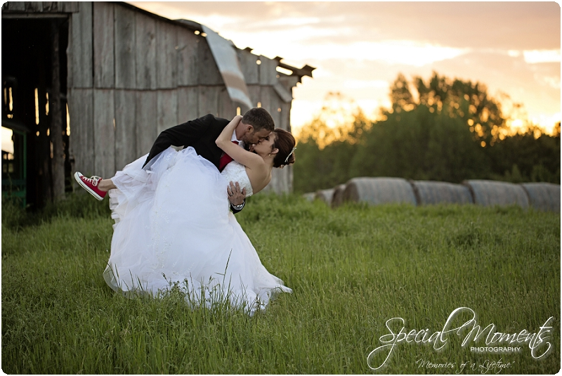 Southern Wedding Portraits, Southern Weddings, Winery Wedding Portraits, Weiderkehr Wine Village_0022