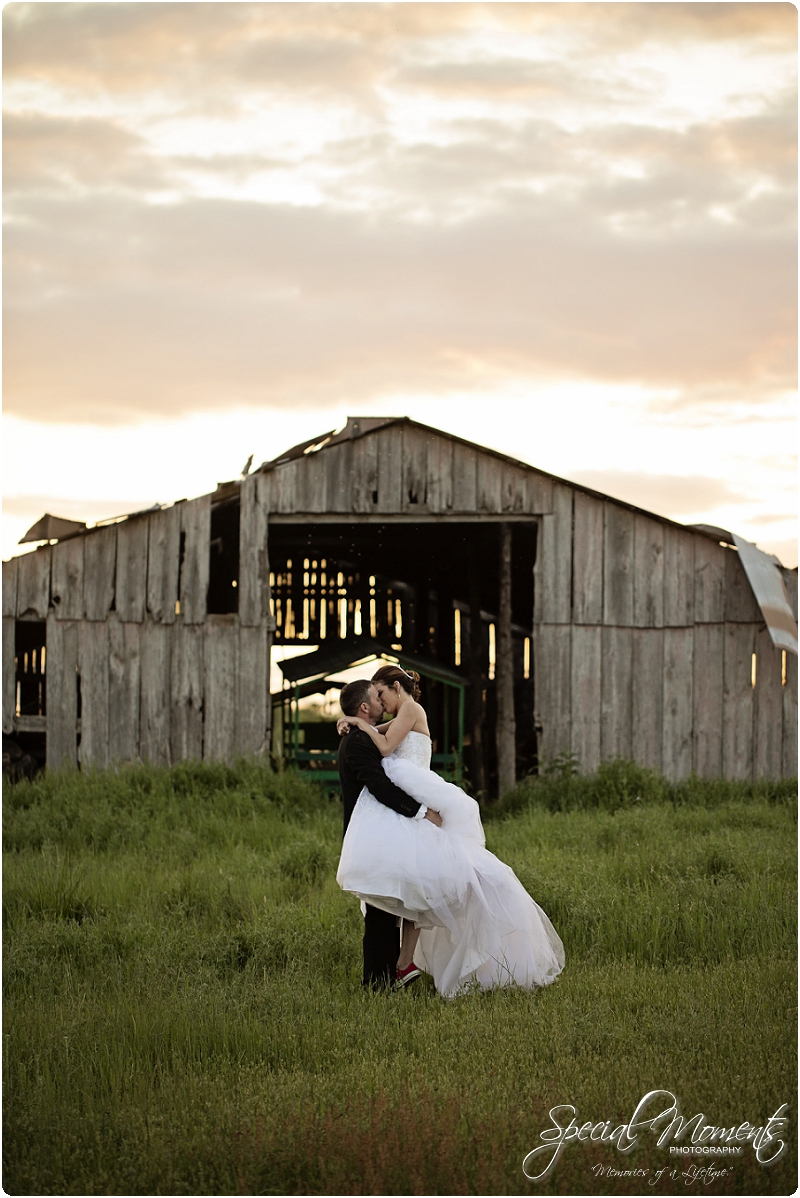 Southern Wedding Portraits, Southern Weddings, Winery Wedding Portraits, Weiderkehr Wine Village_0023