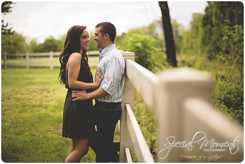 Southern engagement pictures, Engagement Picture ideas, Country Engagement Pictures_0040
