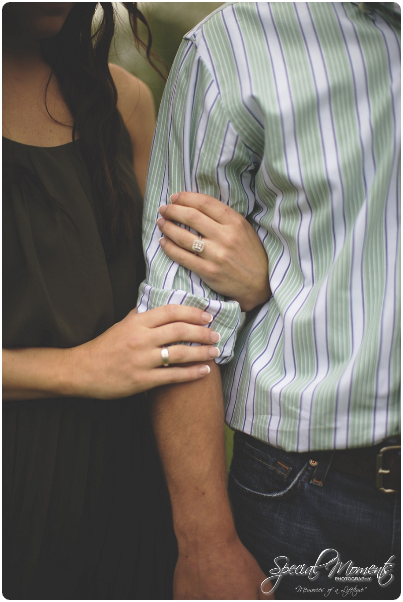 Southern engagement pictures, Engagement Picture ideas, Country Engagement Pictures_0042