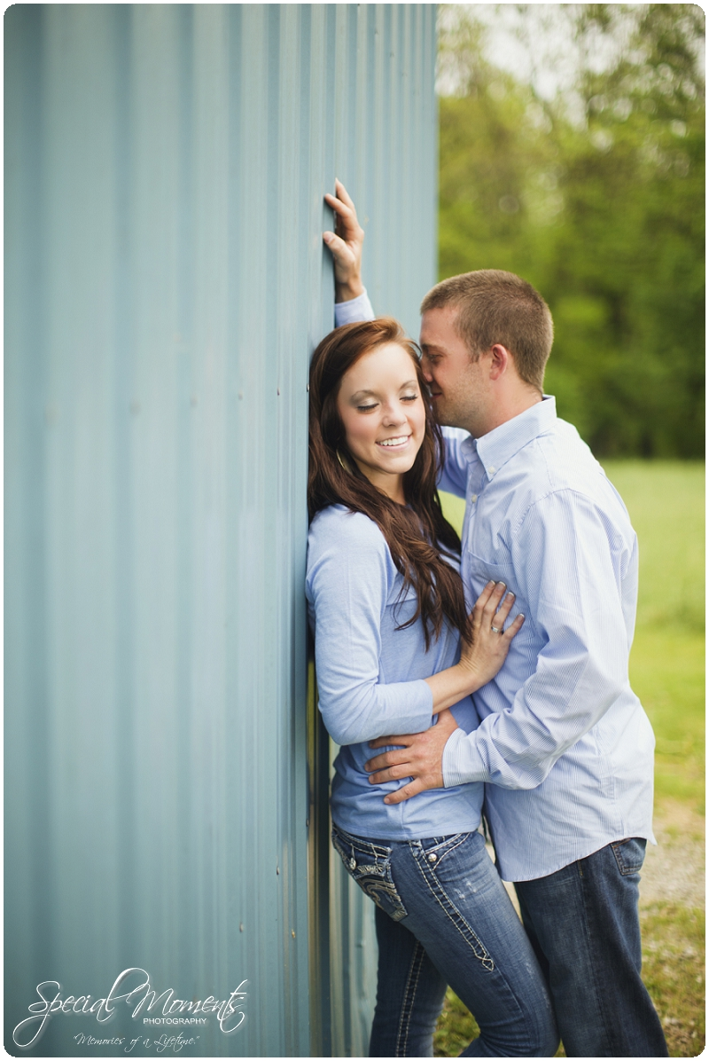 Southern engagement pictures, Engagement Picture ideas, Country Engagement Pictures_0054