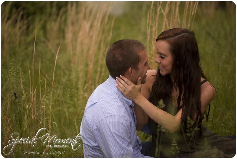 Southern engagement pictures, Engagement Picture ideas, Country Engagement Pictures_0056