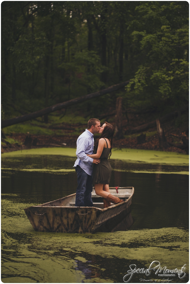 Southern engagement pictures, Engagement Picture ideas, Country Engagement Pictures_0058
