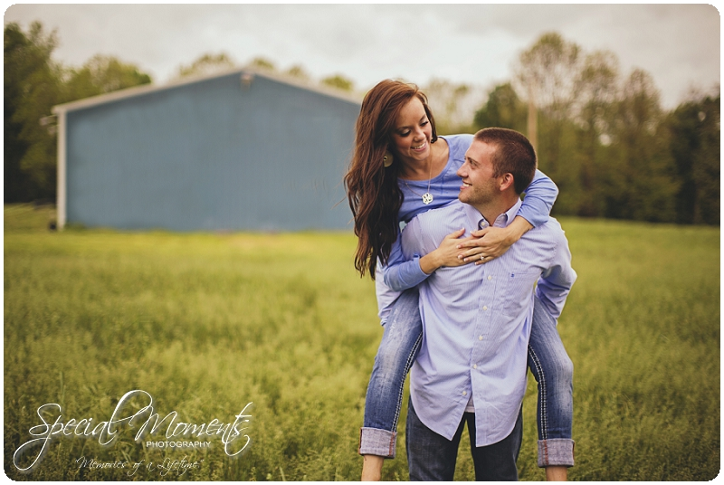 Southern engagement pictures, Engagement Picture ideas, Country Engagement Pictures_0060