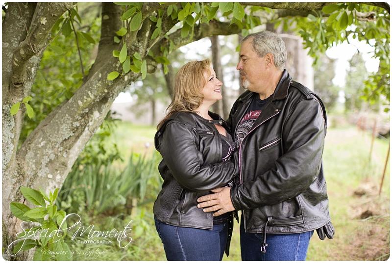 Engagement Pictures, Engagement Portraits_0043