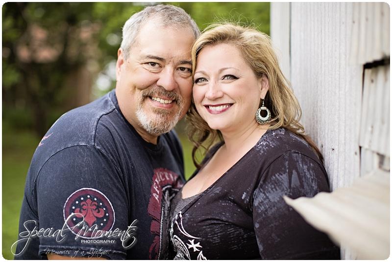 Engagement Pictures, Engagement Portraits_0045