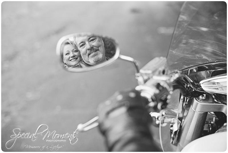 Engagement Pictures, Engagement Portraits_0048