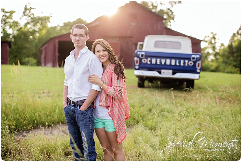 Southern engagement Pictures, Country Engagement Pictures, southern engagement ideas_0001