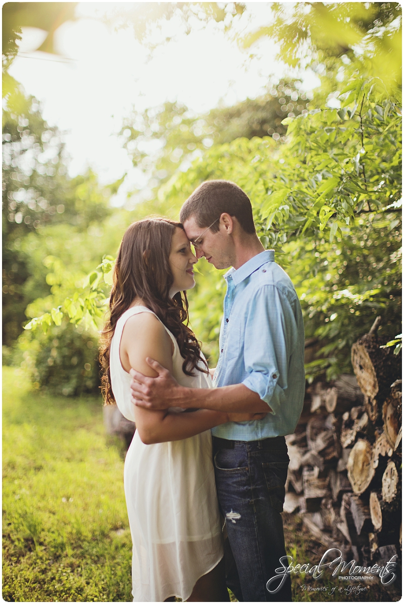 Southern engagement Pictures, Country Engagement Pictures, southern engagement ideas_0010