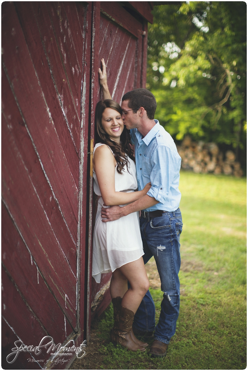 Southern engagement Pictures, Country Engagement Pictures, southern engagement ideas_0011
