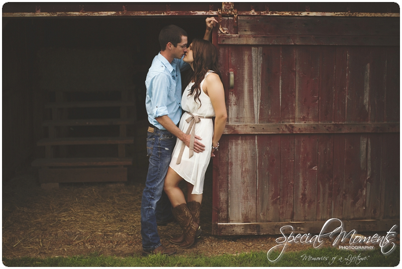 Southern engagement Pictures, Country Engagement Pictures, southern engagement ideas_0013