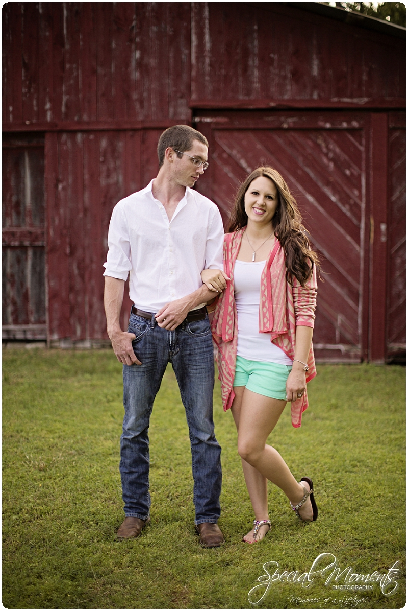 Southern engagement Pictures, Country Engagement Pictures, southern engagement ideas_0019
