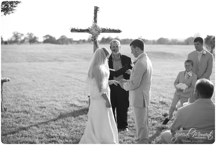 fort smith arkansas wedding photographer, amazing wedding details, southern wedding portraits_0036
