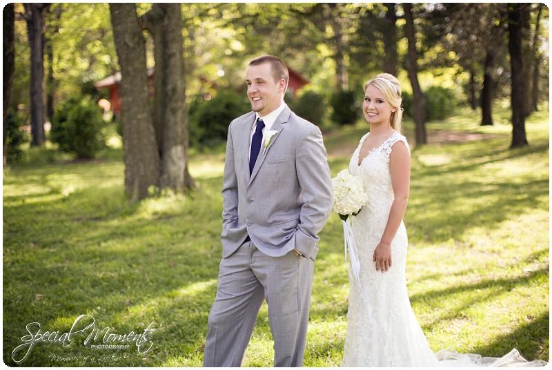 wedding first looks, wedding first look ideas, wedding portraits, southern wedding portraits_0011