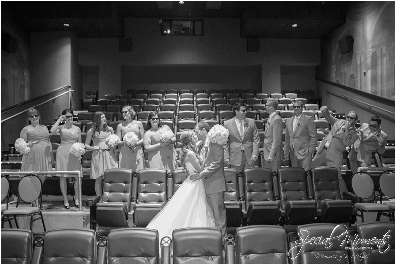amazing wedding pictures, st louis missouri weddings, chase park plaza st louis wedding, southern wedding, chic shabby wedding_0012