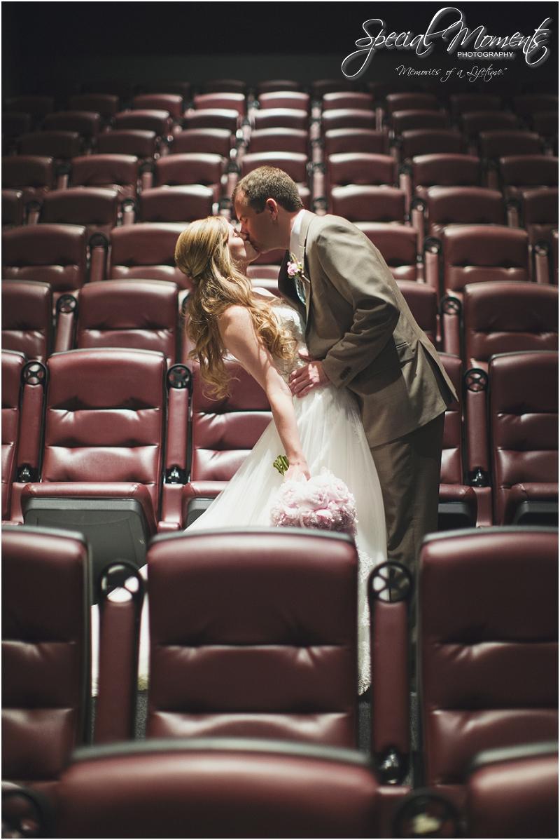 amazing wedding pictures, st louis missouri weddings, chase park plaza st louis wedding, southern wedding, chic shabby wedding_0013
