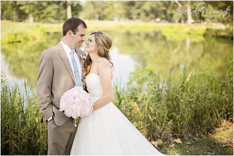 amazing wedding pictures, st louis missouri weddings, chase park plaza st louis wedding, southern wedding, chic shabby wedding_0017