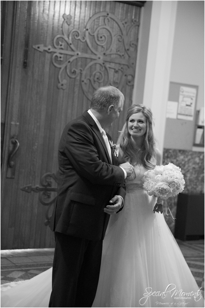 amazing wedding pictures, st louis missouri weddings, chase park plaza st louis wedding, southern wedding, chic shabby wedding_0036