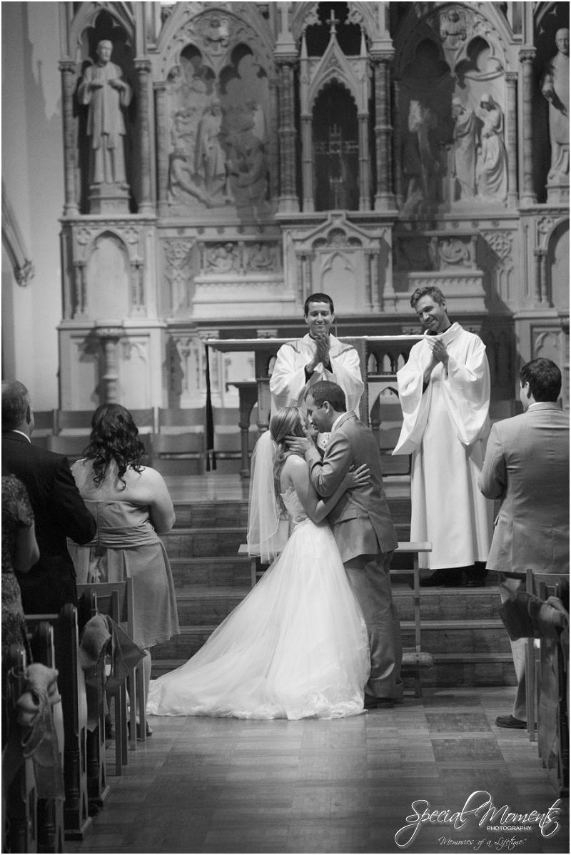 amazing wedding pictures, st louis missouri weddings, chase park plaza st louis wedding, southern wedding, chic shabby wedding_0043