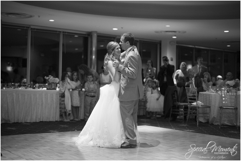 amazing wedding pictures, st louis missouri weddings, chase park plaza st louis wedding, southern wedding, chic shabby wedding_0057
