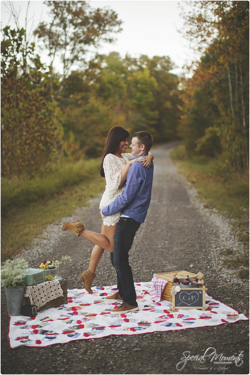 picnic engagement pictures, dreamy engagement pictures, amazing engagement pictures,engagement picture,southern engagement pictures_0040