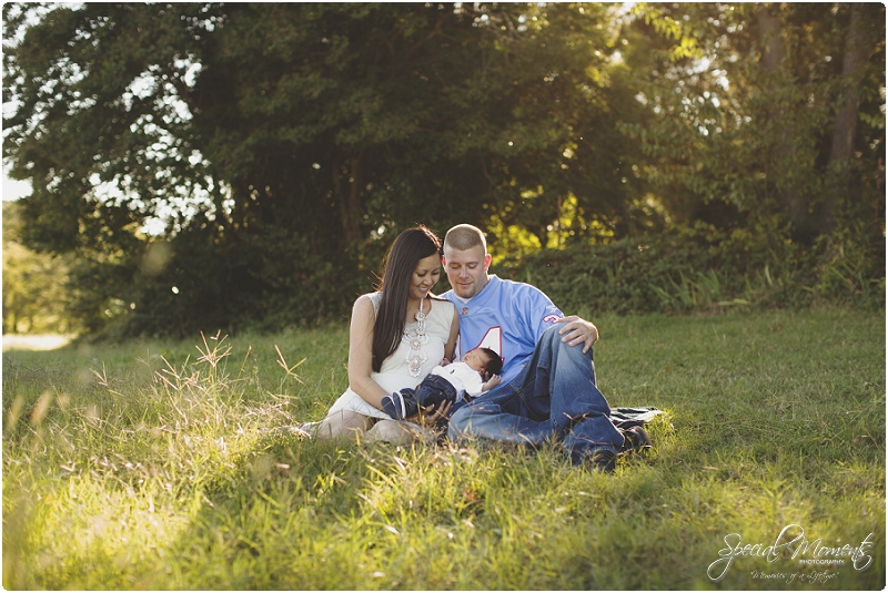newborn pictures, family pictures, outdoor newborn pictures_0037