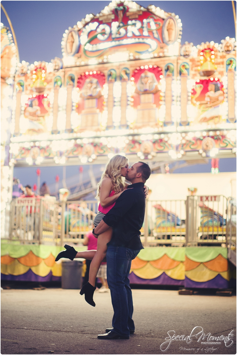 fair engagement pictures, carnival engagement pictures, amazing engagement pictures_0020