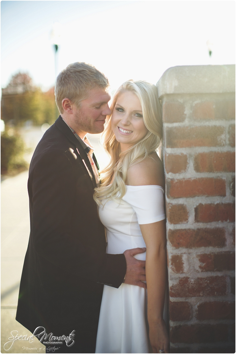 downtown engagement pictures, southern engagement pictures, amazing engagement portraits_0000