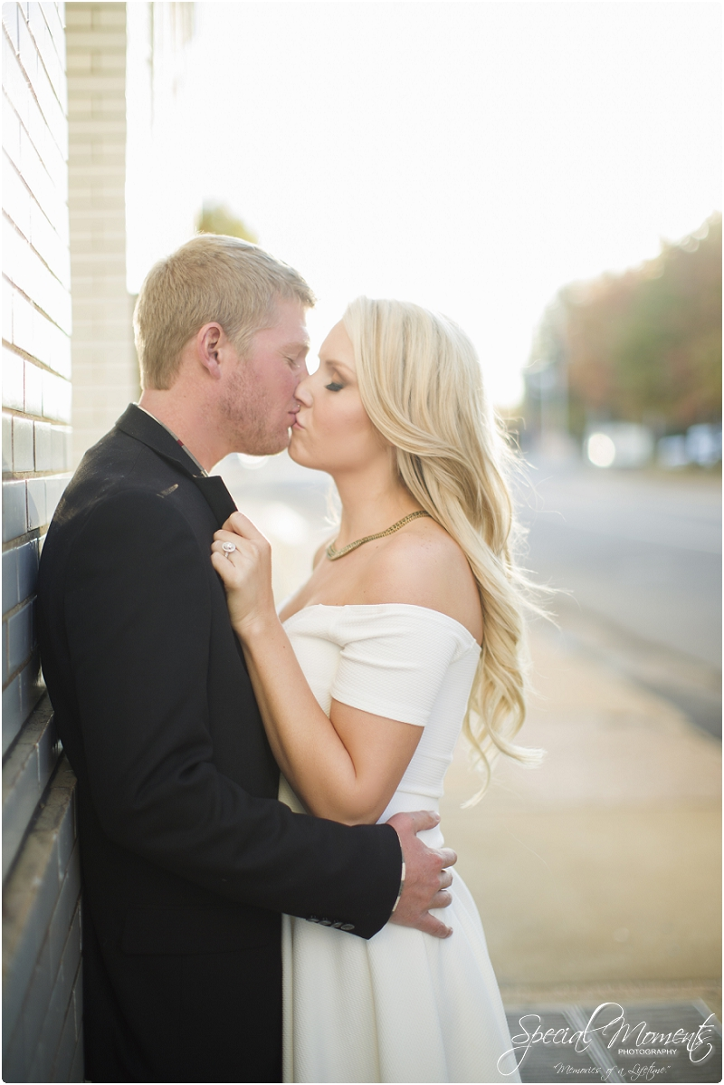 downtown engagement pictures, southern engagement pictures, amazing engagement portraits_0003
