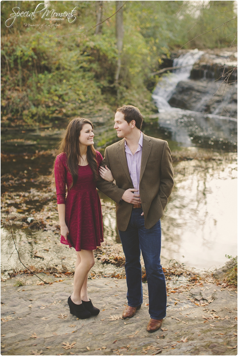 southern engagement portraits, fayetteville engagement photography, fall engagement portraits_0015